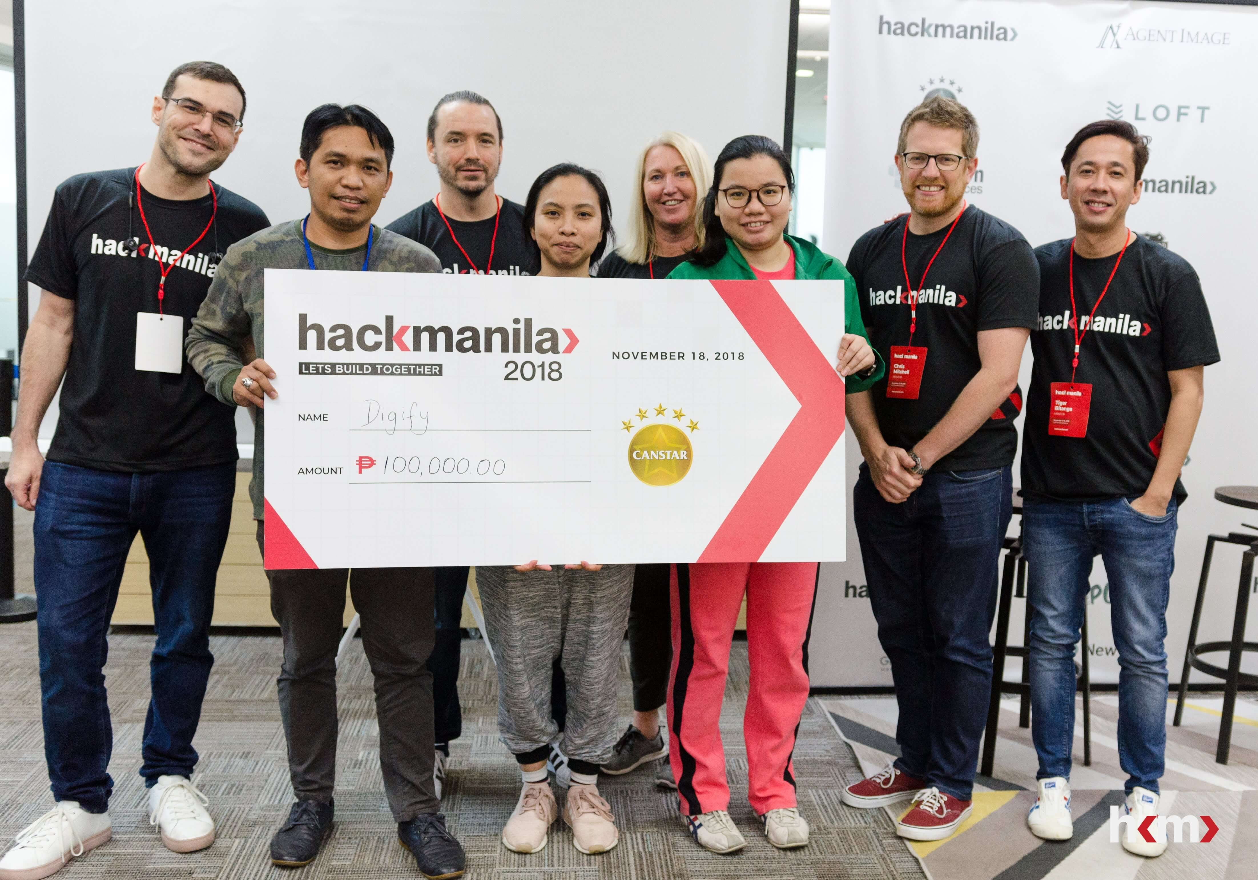 Hack Manila AutoBook Challenge Winner: Team Digify, with August 99 and Canstar mentors